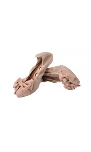 Бежевые балетки с бантиком