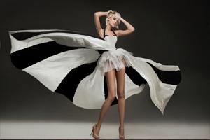 Вы хотите узнать какие именно платья будут модны в 2015 году?